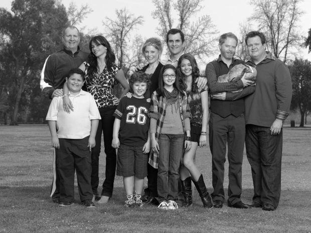 modern-family-modern-family-7554980-2560-1920-the-modern-family-members-have-come-a-long-way-since-season-1-jpeg-241379